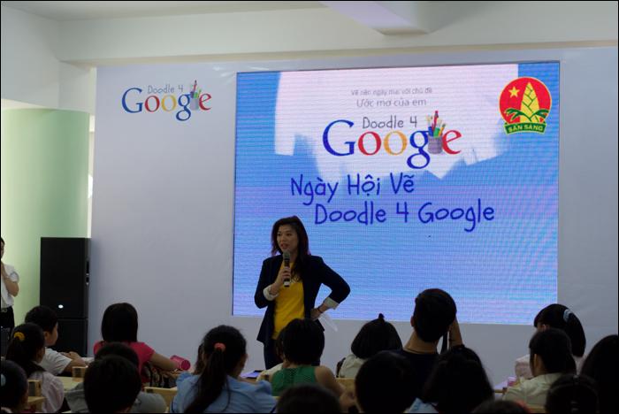 (ảnh http://www.techsignin.com/cong-nghe/ngay-hoi-doodle-4-google-uoc-mo-cua-em/) — tại Nhà Thiếu Nhi - Quận Đoàn 10.